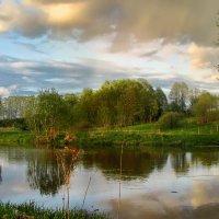 Живописный весенний вечер :: Лара Симонова