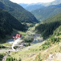 Домик в горах :: Leonid Voropaev