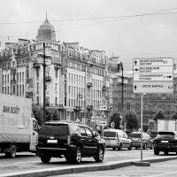 Сенная без ларьков. Транспорт на ул. Садовой :: Фотогруппа Весна.