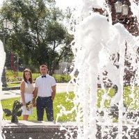фонтаны придают свою изюминку свадебной фотосессии :: Екатерина Гриб