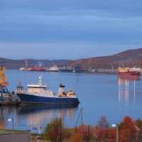 Кольский залив. Вид на Мурманск. :: Владимир Стаценко