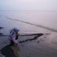 Девочка и море :: Анна Воробьева