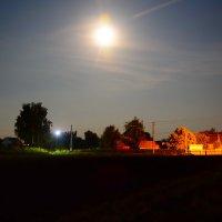 Ночью в селе. Атюша. :: Артём Шкляр