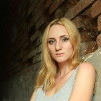 Женский портрет :: Нелли Попп
