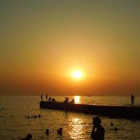 Закат над морем. :: Ираида Мишурко