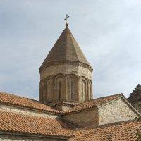 Анарули- церковь-крепость на военно-грузинской дороге... :: Cергей Павлович
