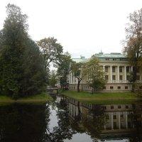 Санкт-Петербург. Каменный остров. :: Лариса (Phinikia) Двойникова