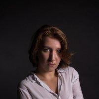 портрет девушки :: Михаил Макаров