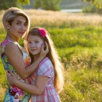 Мама и дочка :: Лидия Ханова