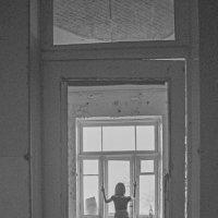 Двери в никуда :: Наталья Базанова