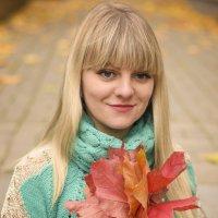 Осенняя задумчивость мила, она несет не буйство жизни, она свежа, тиха, скромна... :: Алеся Пушнякова