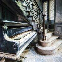 Старый рояль ... :: Aleks Ben Israel