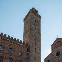 Сан-Джаминьяно. Башня Torre Grossa (Большая башня) :: Надежда Лаптева