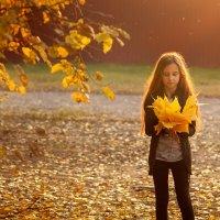 С осенними листьями :: Вера Сафонова