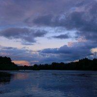 Закат холодный и безмолвный ... :: Евгений Юрков