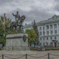 Памятник князю Михаилу Тверскому. :: Михаил (Skipper A.M.)