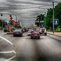 Питер пробка на Пискаревском проспекте снято через лобовое стекло с трещиной :: Юрий Плеханов