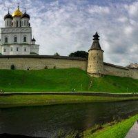 Панорама Псковского Крома(Кремля). :: tatiana