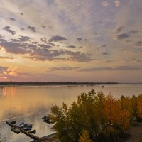 Осень на Волге :: Александр