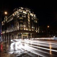 В городе ночь :: Сергей Добрыднев