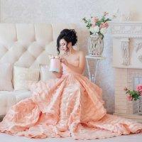 Девушка с розами :: Елена Федорова