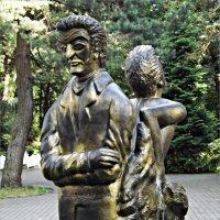 Фрагмент скульптуры Э.Т.А. Гофмана. :: Валерия Комова