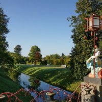Приглашаю Вас, други мои, прогуляться в Александровском парке :: Владимир Гилясев