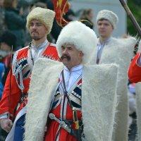 На параде :: Петр Заровнев