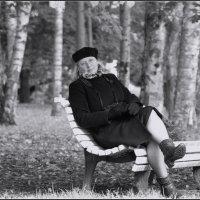 на уличном диванчике :: sv.kaschuk
