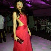 в красном :: Ангелина Ангельская