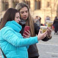 что то задумали девочки :: Олег Лукьянов