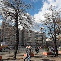осень в городе :: Олег Лукьянов