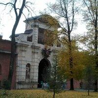 Ворота в Петропавловскую крепость. (С-Петербург, октябрь 2017 год). :: Светлана Калмыкова