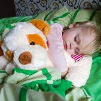 Спят усталые игрушки :: Элла Ш.
