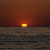 Закат и море :: Олег Фролов