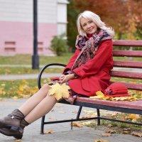Восхитительная  женщина и  осень :: Елена Иванова