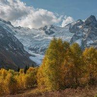 Гора Эрцог (3683 м),Алибекский ледник. :: Аnatoly Gaponenko