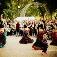 танец :: Олег Губаревич
