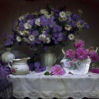 Цветы последние милей ... :: Валентина Колова