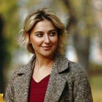 Осенний портрет :: Igor Khmelev