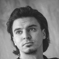 ## :: Александр Ломов