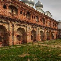 О чем молчат старые стены :: Наталья Кузнецова