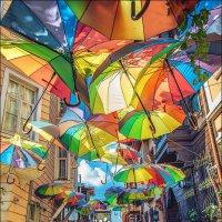 Улочка в районе Фатих в Стамбуле :: Ирина Лепнёва