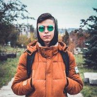 Парень в очках :: Евгения Ламтюгова