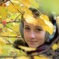 Девочка-осень. :: Екатерина Евсегнеева