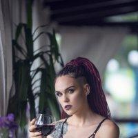 Wine :: Виктор Киевский (Raft & LEA)