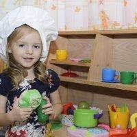 Маленькая хозяюшка :: Ольга Русакова