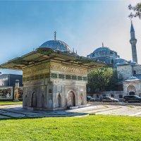 Фонтан Топхане и мечеть Кылыч Али паши в Стамбуле :: Ирина Лепнёва