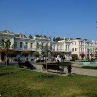 Кисловодск. На Курортном проспекте :: Нина Бутко