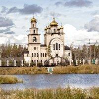 Храм во имя Архистратига Михаила :: TATYANA PODYMA